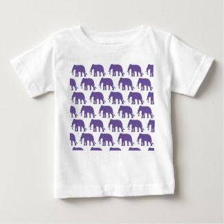 Camiseta Para Bebê Elefantes roxos