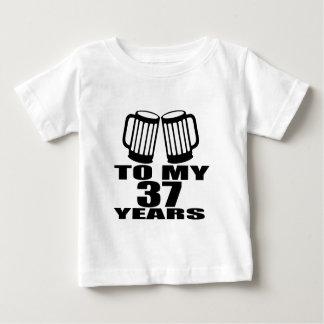 Camiseta Para Bebê Elogios a meus 37 anos do aniversário