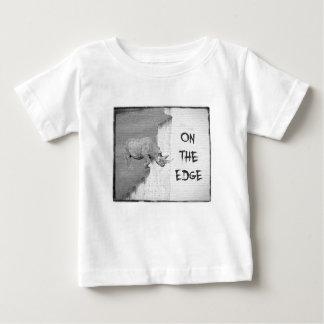 Camiseta Para Bebê Em The Edge