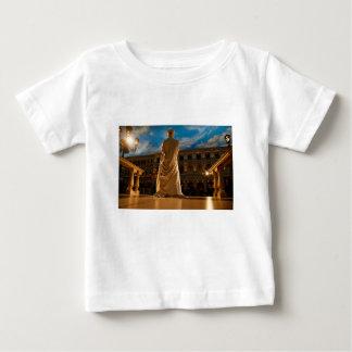 Camiseta Para Bebê Estátua viva