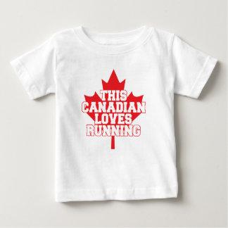 Camiseta Para Bebê Este canadense ama funcionar!