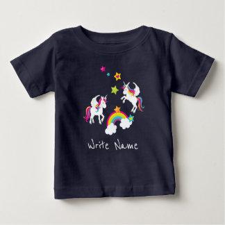 Camiseta Para Bebê Estrelas do arco-íris do unicórnio. T do bebê do