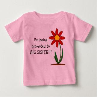 Camiseta Para Bebê Eu estou sendo promovido ao Tshirt da criança da