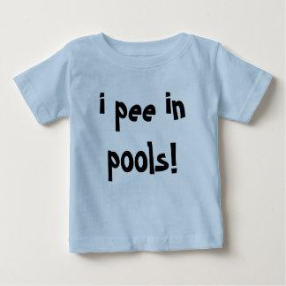 Camiseta Para Bebê eu faço xixi nas piscinas!