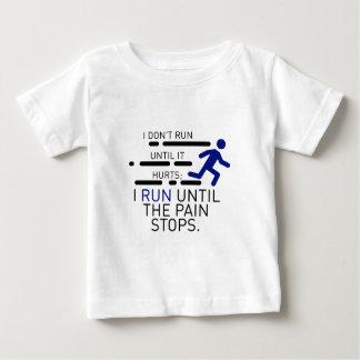 Camiseta Para Bebê Eu funciono até que a dor pare