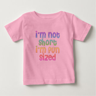 Camiseta Para Bebê Eu não sou curto mim sou t-shirt feito sob medida