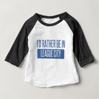 Camiseta Para Bebê Eu preferencialmente estaria na cidade da liga