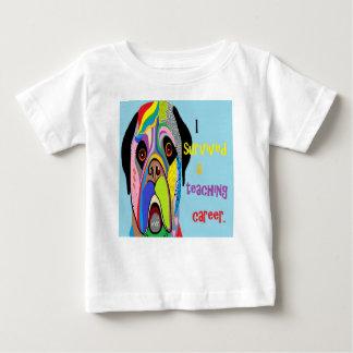 Camiseta Para Bebê Eu sobrevivi a uma carreira de ensino