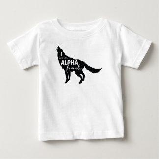 Camiseta Para Bebê Eu sou uma menina fêmea alfa do lobo