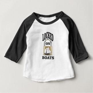 Camiseta Para Bebê fechado em barcos yeah