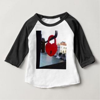 Camiseta Para Bebê fechamento do amor em Veneza