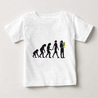 Camiseta Para Bebê female florist evolution gardener