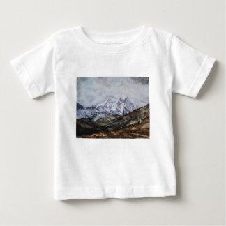 Camiseta Para Bebê Ferradura de Snowdon em Winter.JPG