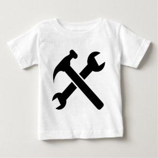Camiseta Para Bebê Ferramentas cruzadas