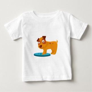 Camiseta Para Bebê Filhote de cachorro curioso que pisa no Trapdoor