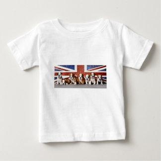 Camiseta Para Bebê Filhotes de cachorro ingleses do buldogue