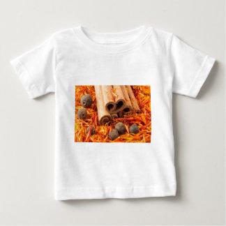 Camiseta Para Bebê Fim-acima da canela, do peppercorn e do açafrão