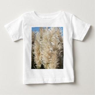 Camiseta Para Bebê Fim-Acima de penas altas da grama de Pampas