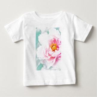 Camiseta Para Bebê Flor cor-de-rosa chave alta da peônia