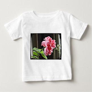 Camiseta Para Bebê Flor cor-de-rosa do hibiscus