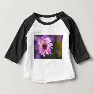 Camiseta Para Bebê Flor de Scabiosa da lavanda