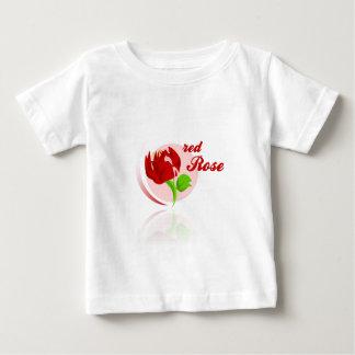 Camiseta Para Bebê Flor vermelha dos inimigos