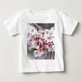 Camiseta Para Bebê Flores de cerejeira