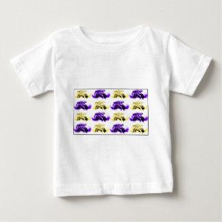 Camiseta Para Bebê Flores de flutuação