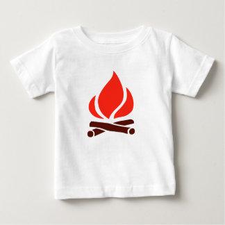 Camiseta Para Bebê fogo quente na lareira