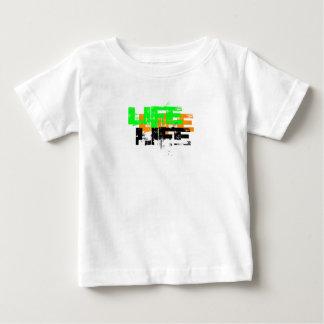 Camiseta Para Bebê Fogos e paixão um