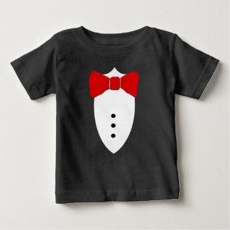 Camiseta Para Bebê Formal vista acima o laço vermelho