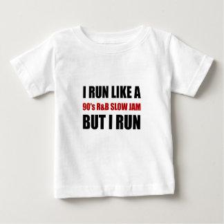 Camiseta Para Bebê Funcione como o doce lento engraçado