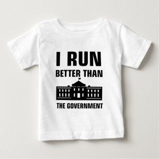 Camiseta Para Bebê Funcione melhor do que o governo