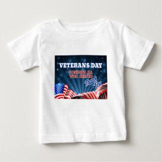 Camiseta Para Bebê Fundo da bandeira americana de dia de veteranos
