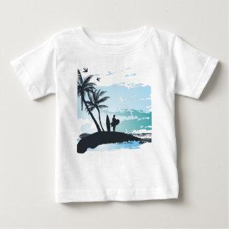 Camiseta Para Bebê Fundo do surfista do verão da palma