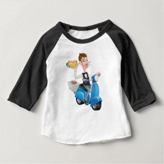 Camiseta Para Bebê Garçom dos desenhos animados no Moped do patinete