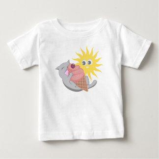 Camiseta Para Bebê Gato do verão que come o sorvete