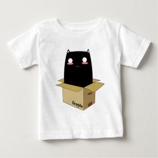 Camiseta Para Bebê Gato preto em uma caixa