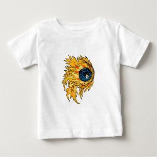 Camiseta Para Bebê Globo ocular flamejante no desenho do fogo