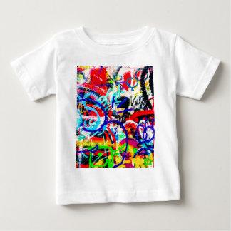 Camiseta Para Bebê Grafites loucos corajosos