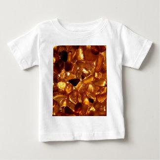 Camiseta Para Bebê Grões ambarinas com iluminação do luminoso