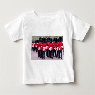 Camiseta Para Bebê Guardas do granadeiro