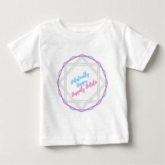 Camiseta Para Bebê Holìstica feliz. Feliz holístico. Slogan.