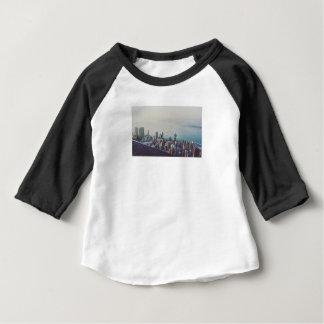 Camiseta Para Bebê Hong Kong de cima de