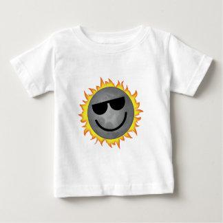 Camiseta Para Bebê Imagem do eclipse