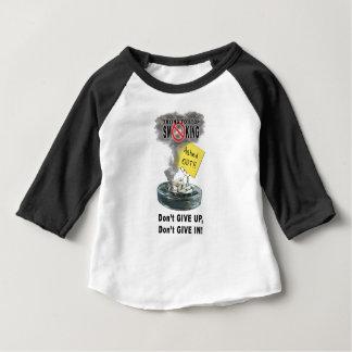 Camiseta Para Bebê Incinerado para fora