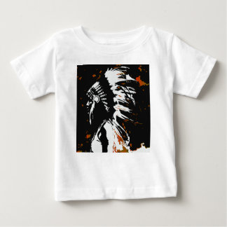 Camiseta Para Bebê Indiano do nativo americano dentro das chamas
