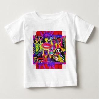 Camiseta Para Bebê Insetos no abstrato branco da casa