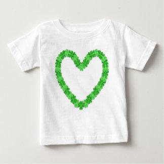 Camiseta Para Bebê Irlandês no t-shirt do bebê do coração