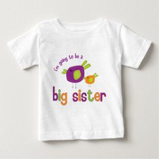 Camiseta Para Bebê irmã mais velha do passarinho a ser